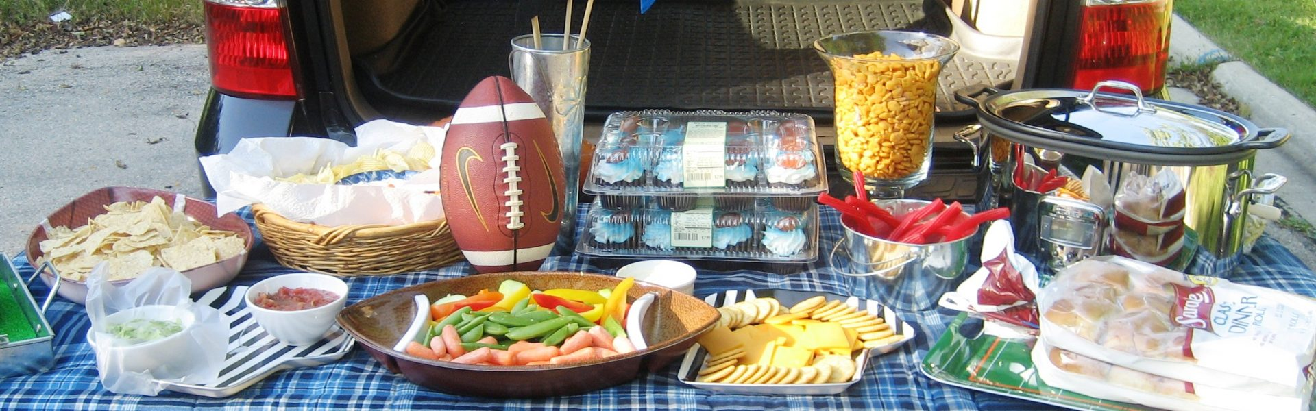 picture of tailgating items
