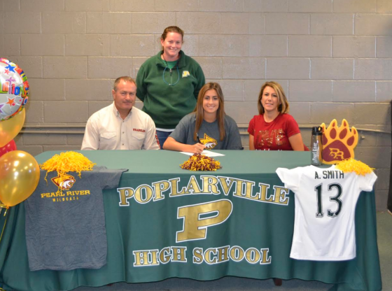 Amber Smith signing with PRCC